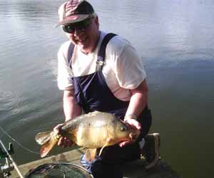 Billy with an Earlswood Mirror